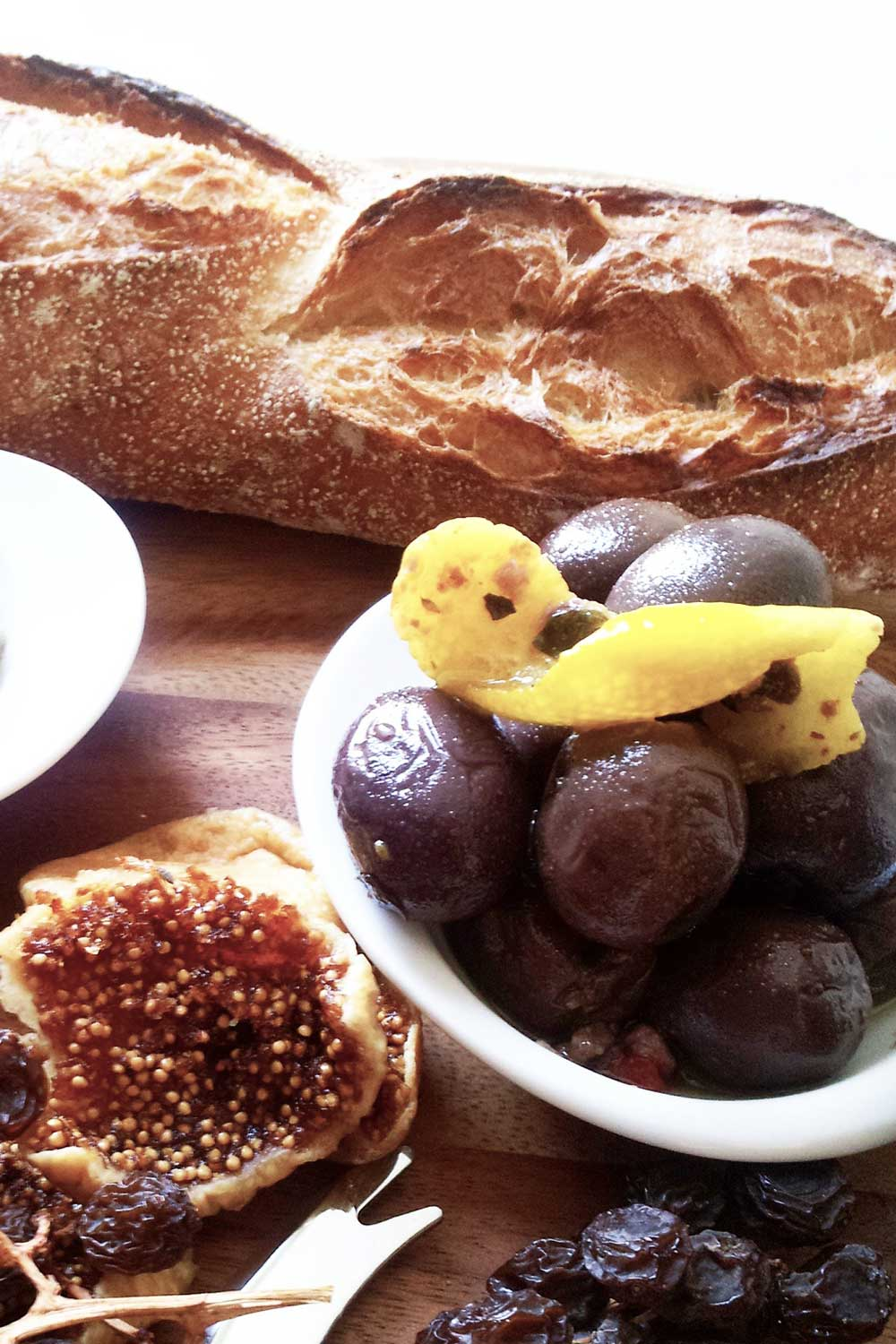 Apres Share Plate of bread olives and figs